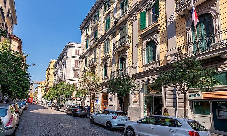 Be Italian Flat Duomo 319 Napoli